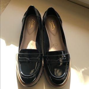 Clarks NWT Black Patent Leather Loafers